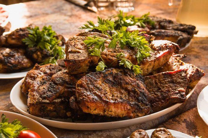 sposoby na rozmrożenie mięsa
